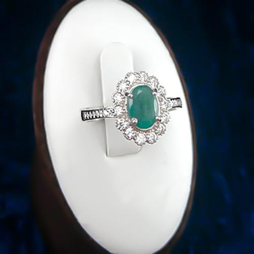 Adenis-girl-ring-1 قیمت زمرد: آموزش تشخیص و تعیین قیمت سنگ زمرد اصل کلمبیا، پنجشیر و زامبیا