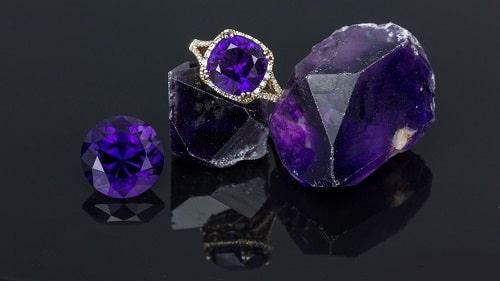 -آمیتیست- سنگ آمیتیست: تاریخچه، روش نگهداری، تشخیص + خواص سنگ آمیتیس بنفش