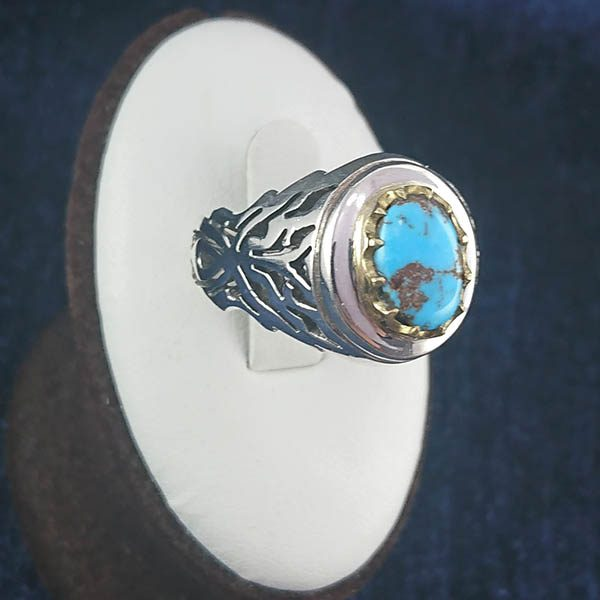 2-1-046-turquoise-ring-3 انگشتر نقره دست ساز مردانه طرح دور طلایی بهرام با سنگ فیروزه نیشابوری