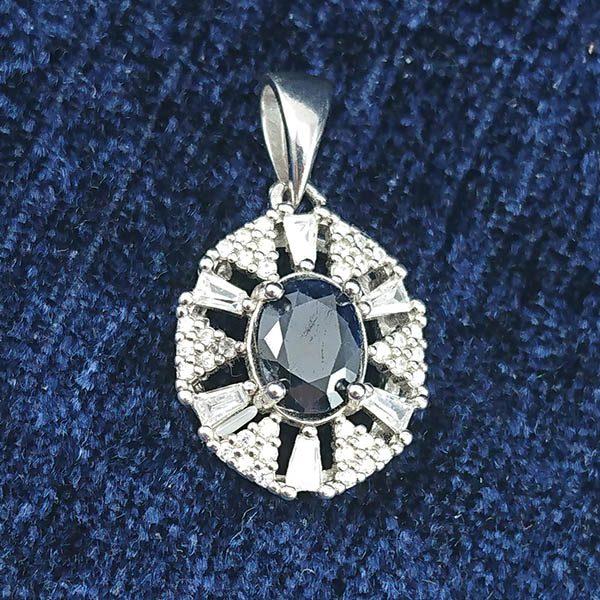 7-3-001-ruby-necklaces-5 گردنبند نقره زنانه طرح هلیا با سنگ یاقوت کبود الماس تراش
