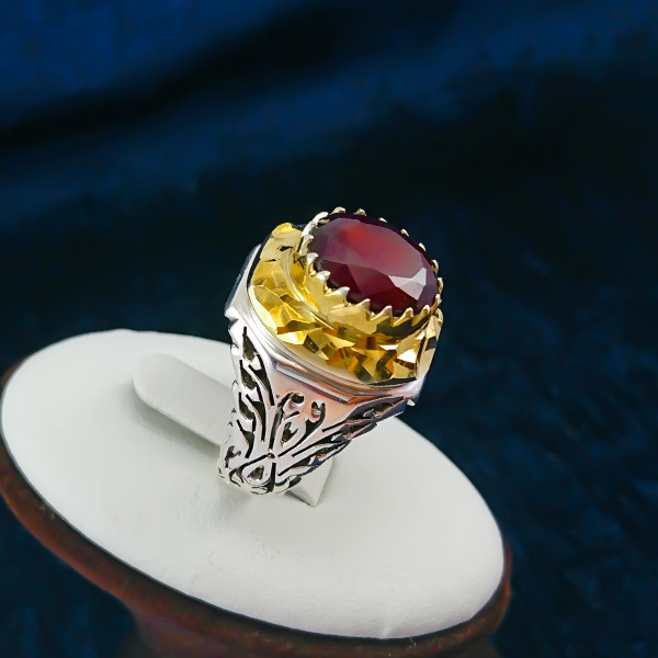 9-1-003-garnet-ring-3 گارنت: همه چیز درباره سنگ گارنت قرمز و سبز، قیمت و خواص گارنت