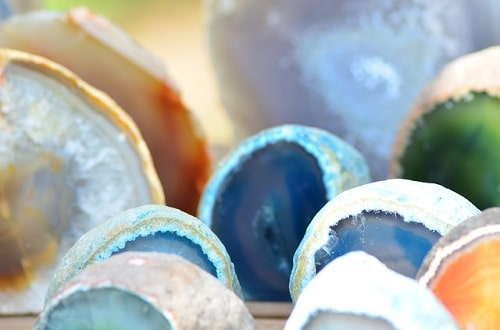 agate-Detection عقیق : پیشینه، انواع، تشخیص اصالت، روایات، خواص و قیمت سنگ عقیق اصل