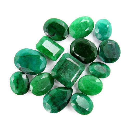 emerald-7 زمرد: خواص انگشتر و سنگ زمرد سبز + ویژگی ها و نحوه تشخیص سنگ زمرد