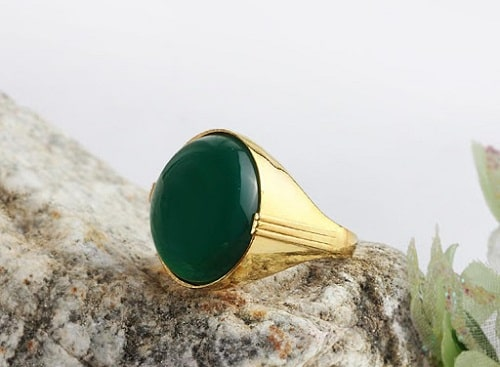 -شارژ-عقیق-سبز عقیق سبز: آنچه درباره سنگ عقیق سبز و خواص فراوان این سنگ سبز باید بدانید