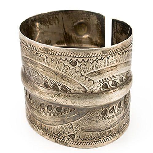 Antique-bracelet-1-e1564466206844 دستبند: نکات طلایی برای انتخاب مدل دستبند +۶۰ عکس دستبند خاص