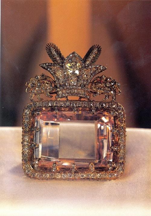 Daria_Noor_Diamond الماس کوه نور و الماس دریای نور داستانی عجیب از نادرشاه تا ملکه انگلیس