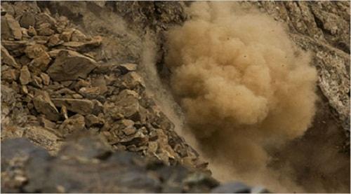 Emerald-mines-in-Afghanistan قیمت زمرد: آموزش تشخیص و تعیین قیمت سنگ زمرد اصل کلمبیا، پنجشیر و زامبیا