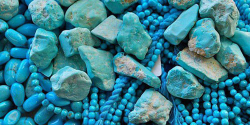 Turquoise-stone خواص سنگ فیروزه: شگفتانگیزترین خواص انگشتر فیروزه