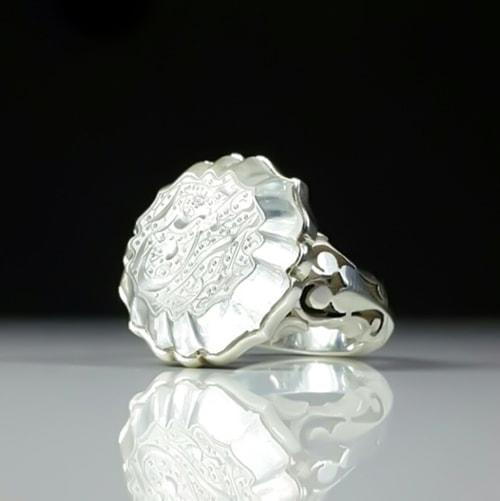 dur-najaf-ring1 سنگ در نجف: مقاله جامع درباره خواص سنگ و انگشتر در نجف اصل و نحوه شارژ آن