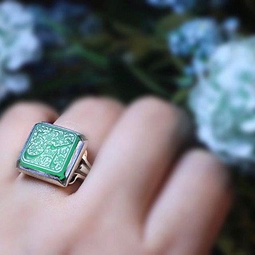 green-agate-1 عقیق سبز: آنچه درباره سنگ عقیق سبز و خواص فراوان این سنگ سبز باید بدانید