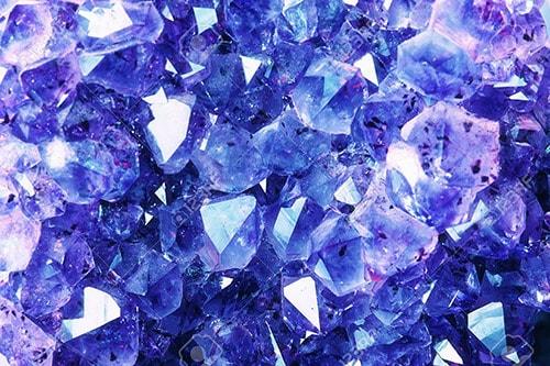 sapphire-stone1 قیمت یاقوت کبود و قیمت یاقوت سرخ +راهنمای حرفهای قیمتگذاری