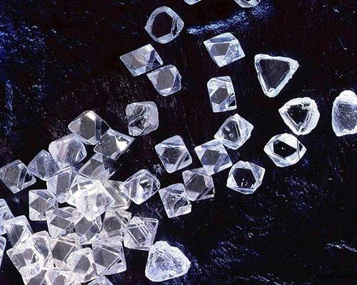 Diamond-stone-5 الماس خام و معیارهای ارزش گذاری آن +۱۰ معدن الماس خام فعال جهان