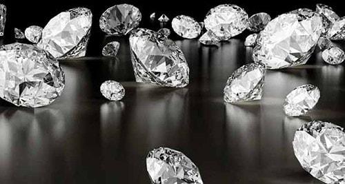 Raw-diamonds-4 الماس خام و معیارهای ارزش گذاری آن +۱۰ معدن الماس خام فعال جهان