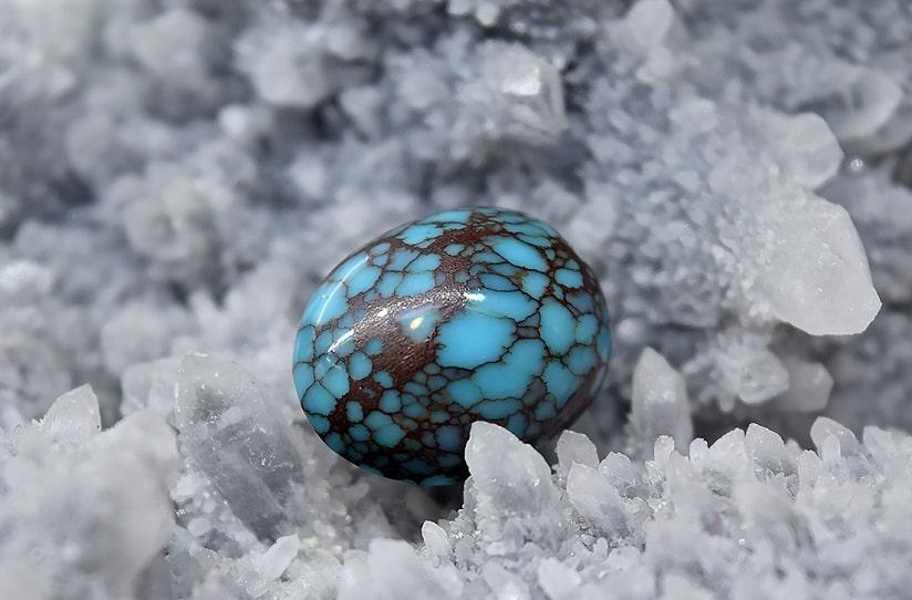 Turquoise-Stone-1 سنگ ماه تولد آذر : بررسی تخصصی انواع سنگ ماه آذر + خواص + قیمت