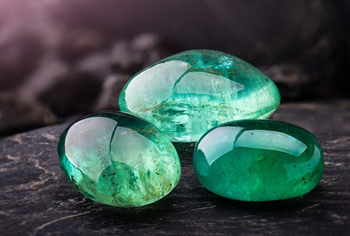 emerald-1 سنگ ماه تولد اردیبهشت مطابق توافق جهانی + خواص کامل سنگ ماه اردیبهشت