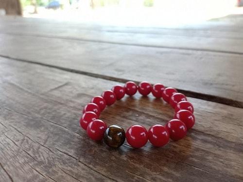 red-jade یشم: معرفی و شناخت کامل سنگ یشم، خواص و قیمت سنگ یشم