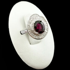 9-1-011-garnet-ring-1-230x230 سنگ ماه تولد بهمن : بررسی تخصصی سنگ ماه بهمن + خواص + قیمت